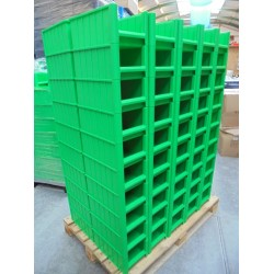100 nieuwe groene Magazijnbakken