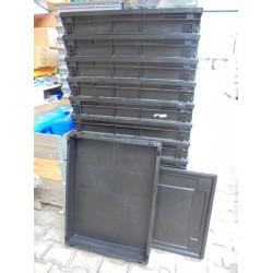12 Gebruikte Bakken Met Deksel 80x60x14 zwart
