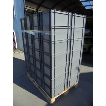 56 gebruikte Bakken 40x30x21 cm